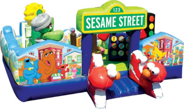 MY SESAME STREET TODDLER LEARNING TOWN